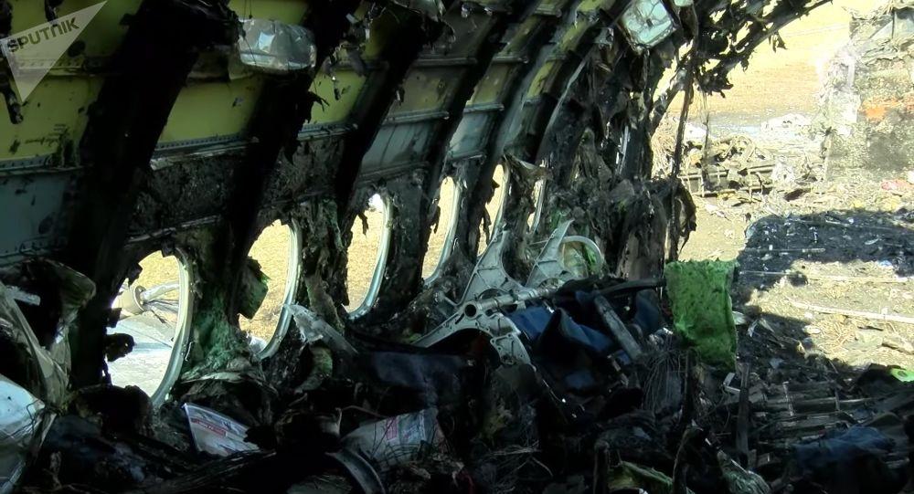 Le SSJ-100 d'Aeroflot endommagé par un incendie à l'aéroport Cheremetievo de Moscou