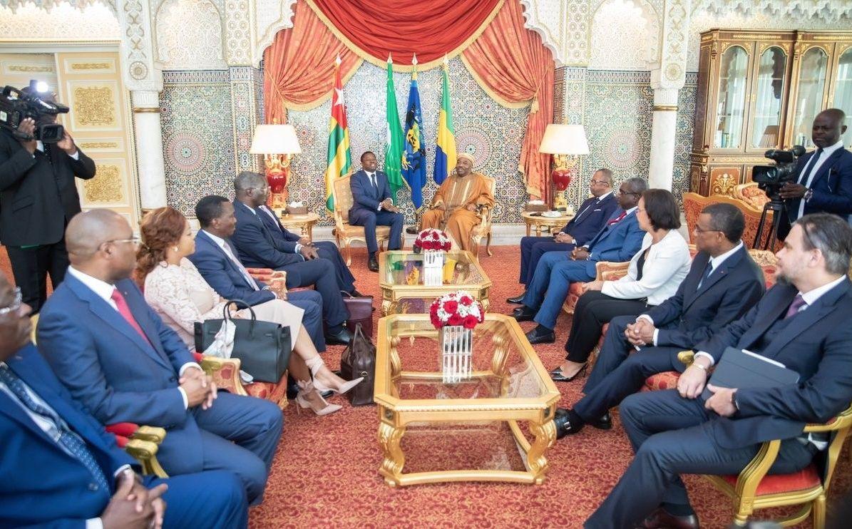 Échanges entre les délégations gabonaise et togolaise au palais présidentiel le 7 mai.