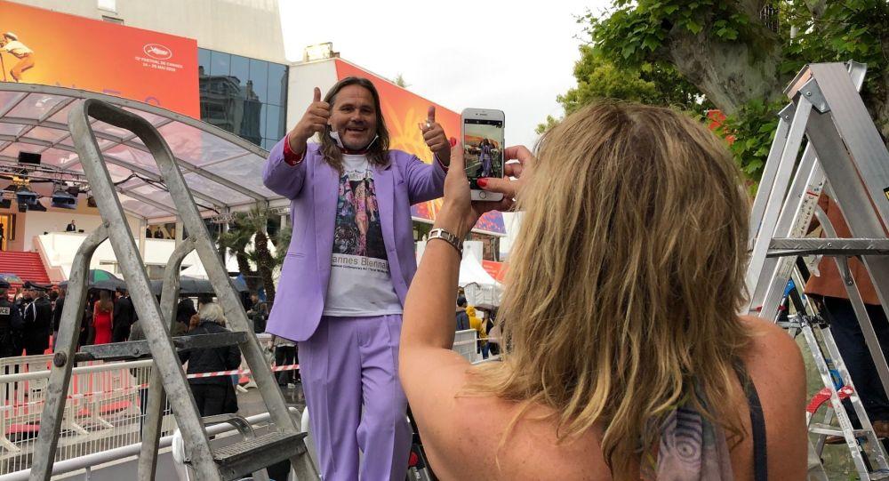«Selfimania» russe au Festival de Cannes