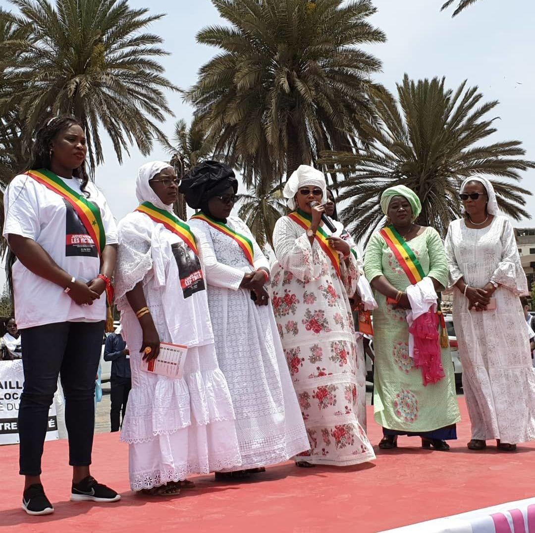 Des députées à la manifestation du 25 mai 2019 à Dakar contre le viol et les violences faites aux femmes au Sénégal. © Warkha