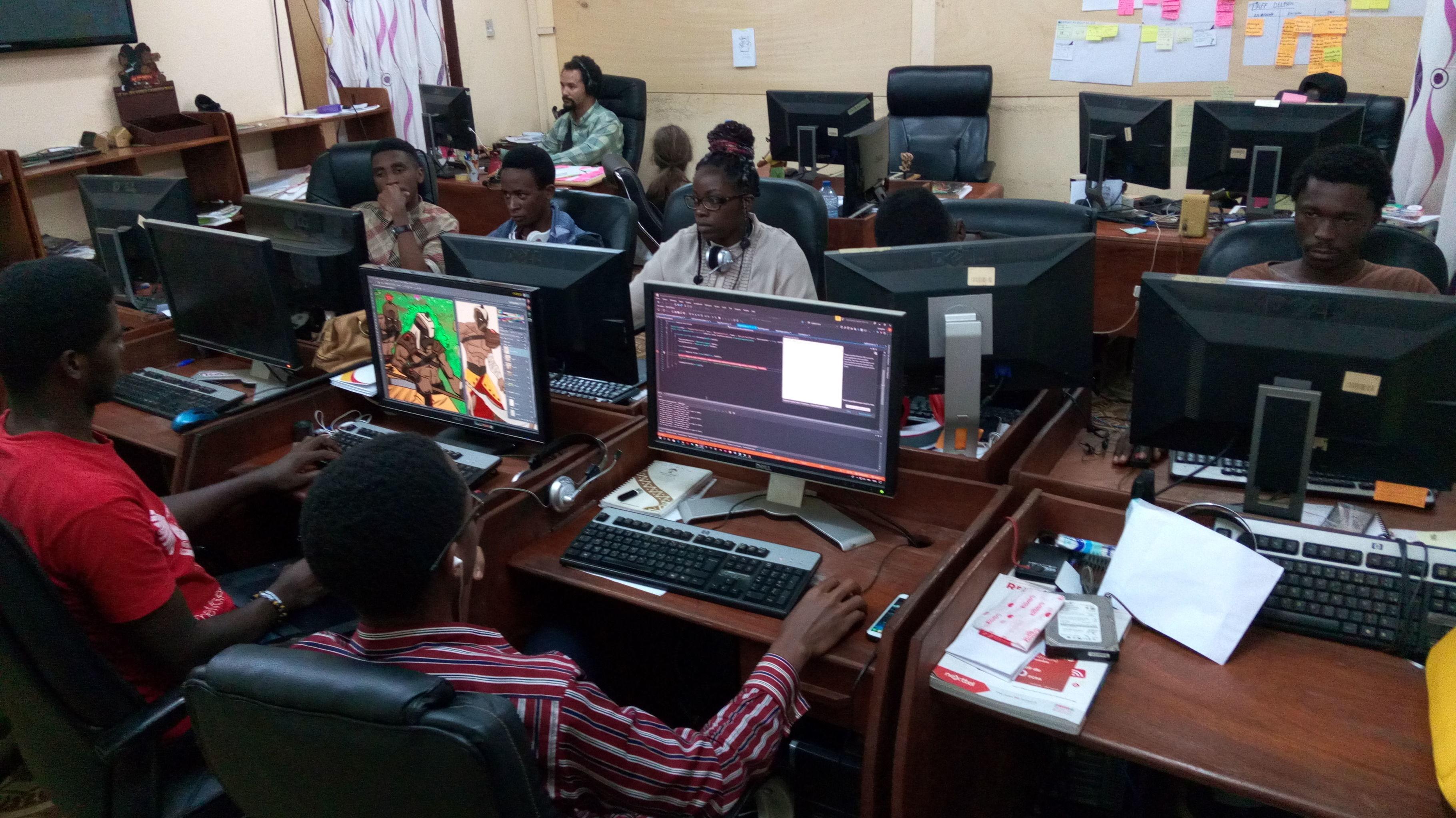 Les équipes de développeurs à l'œuvre au studio Kiro'o games