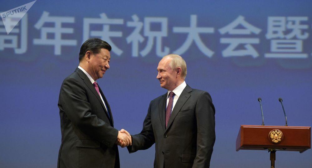 Poutine cherche à attirer des investisseurs ébranlés par les affaires judiciaires
