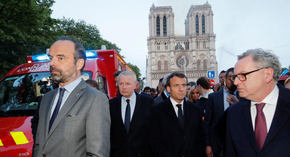 Le rôle de Macron, clef de voûte de la discorde parlementaire sur la «Loi Notre-Dame»