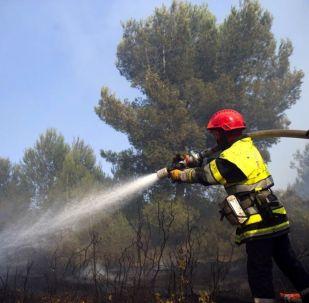 Des sapeurs-pompiers, image d'illustration