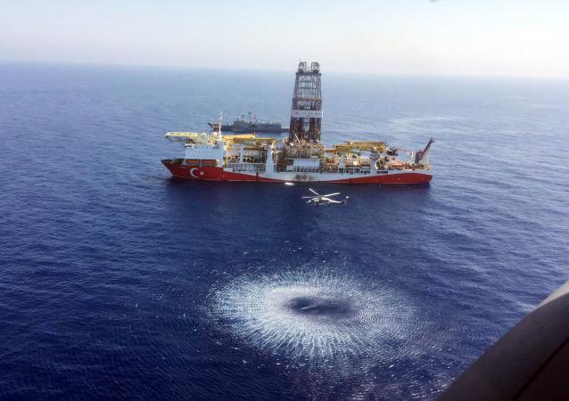 navire de forage turc Fatih