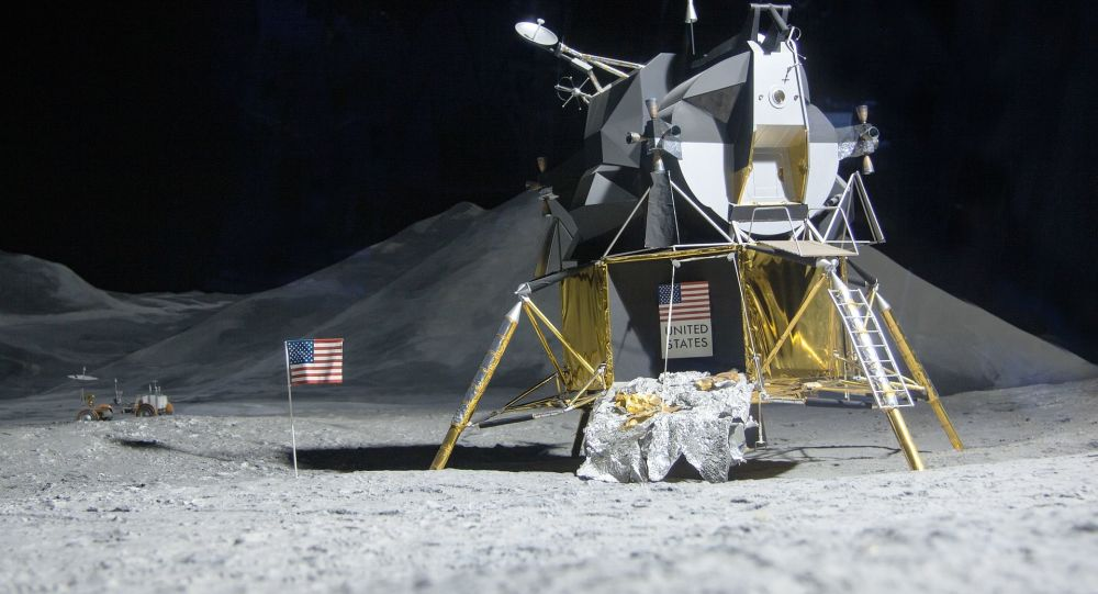 Trump célèbre le 50e anniversaire de l'alunissage d'Apollo 11