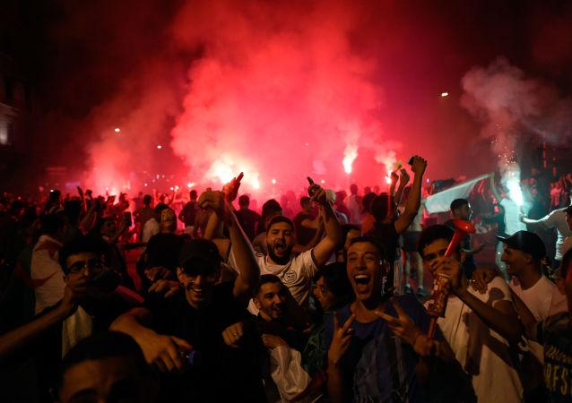 festivités après le match Sénégal-Algérie, image d'illustration