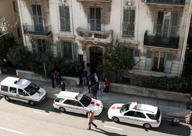 policiers à Nice