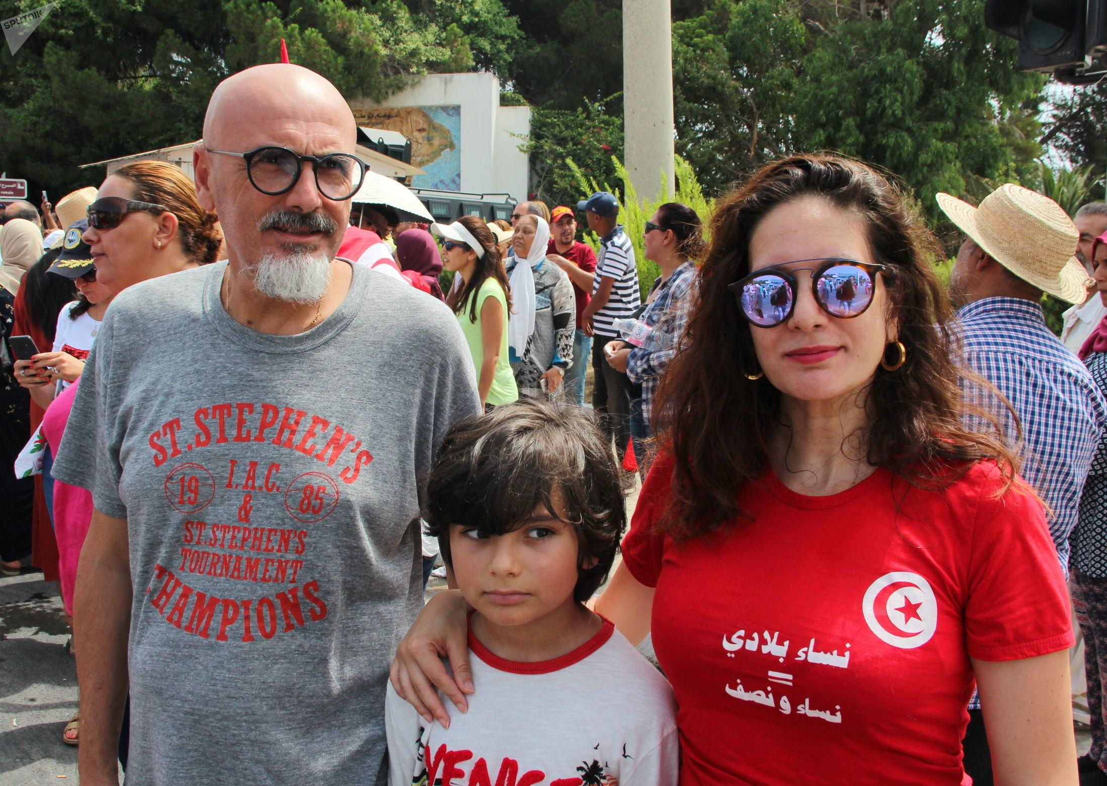Nidhal Guiga avec sa famille, panorama photos Carthage, 27 juillet 2019