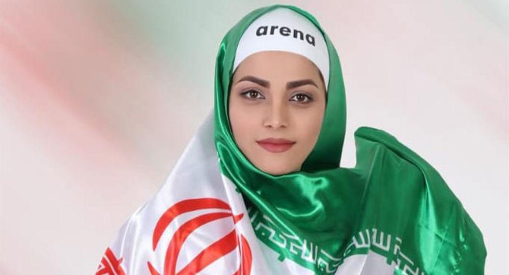 La nageuse iranienne Akram Konari Del