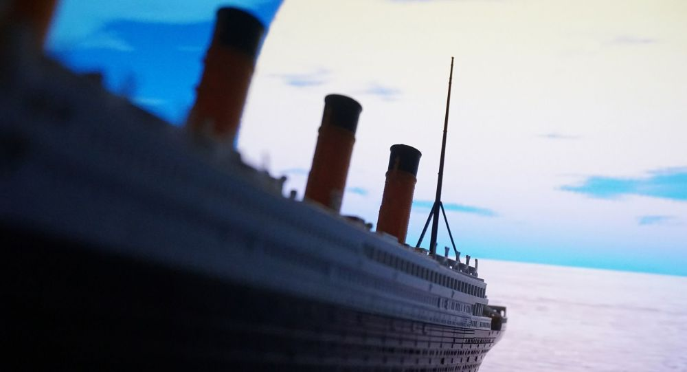Titanic Model
