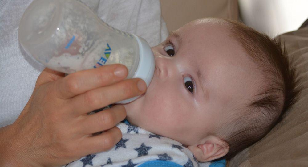 un bébé, image d'illustration