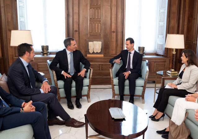 Thierry Mariani et Bashar el-Assad