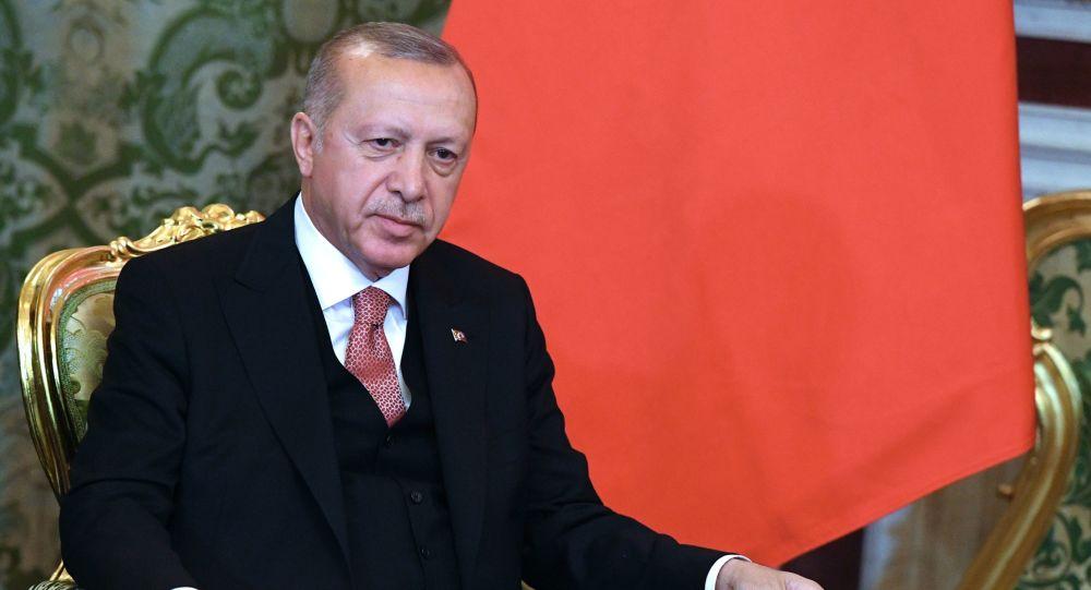 Ankara peut commencer son opération militaire en Syrie sans l'accord de Washington, selon Erdogan