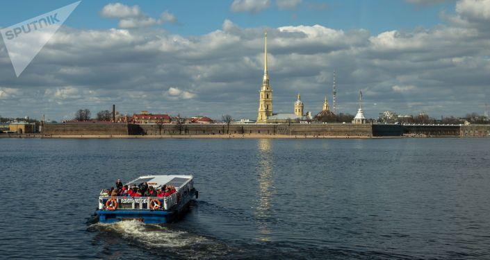 La forteresse Pierre-et-Paul au cœur de Saint-Pétersbourg
