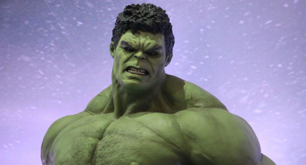Après ses propos sur le Brexit, Boris Johnson se fait caricaturer en Hulk - photos