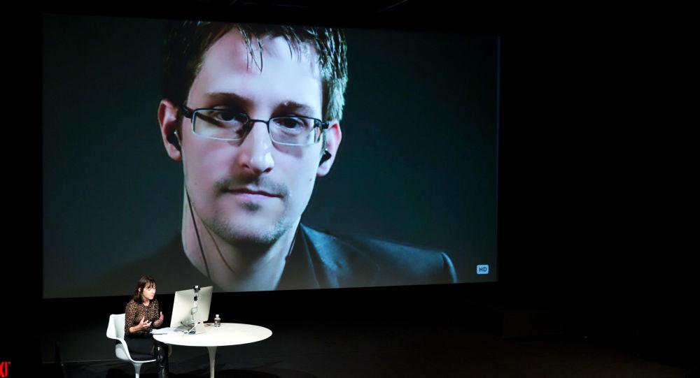 Après notamment l'Allemagne, Edward Snowden
