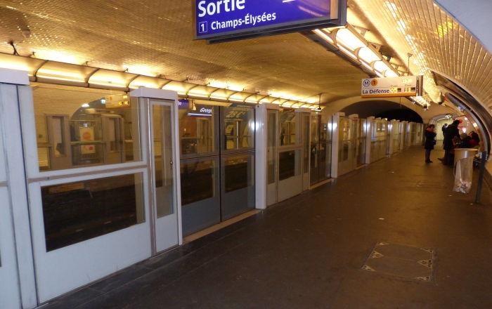 Metro ligne 1 Paris