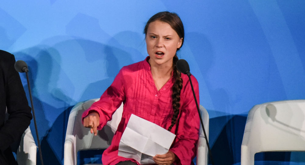 Greta Thunberg modifie son profil sur Twitter après les propos de Poutine
