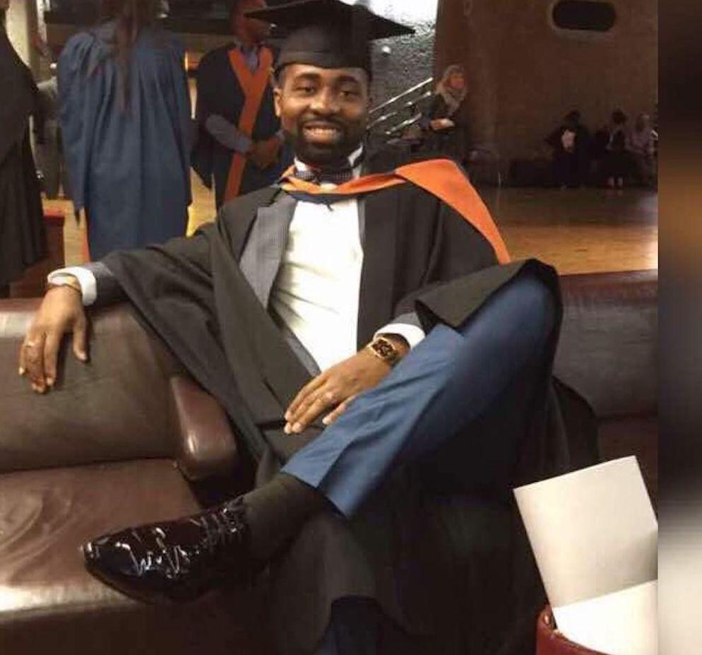 Gnepa-Joël Anani, à l'obtention de son bachelor en économie en Angleterre