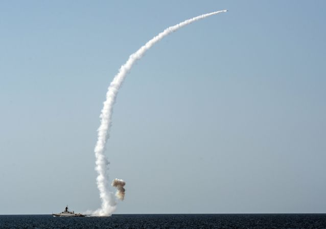 Tir d'un missile Kalibr à partir d'un sous-marin