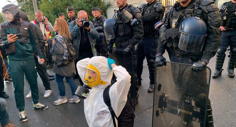 «Il faut que ces odeurs cessent» : le préfet s'adresse à Lubrizol et Normandie logistique après l'incendie