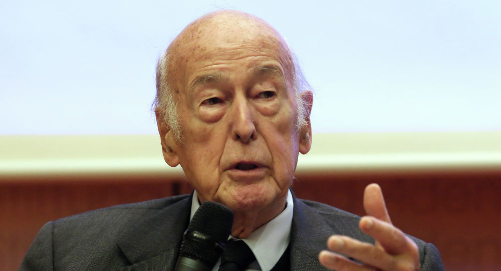 Former French president, Valery Giscard d'Estaing , speaks during the Europa Forum