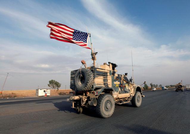 Des véhicules militaires américains en Irak