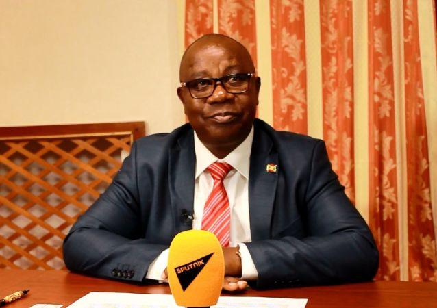 Ezéchiel Nibigira, ministre des affaires étrangères du Burundi