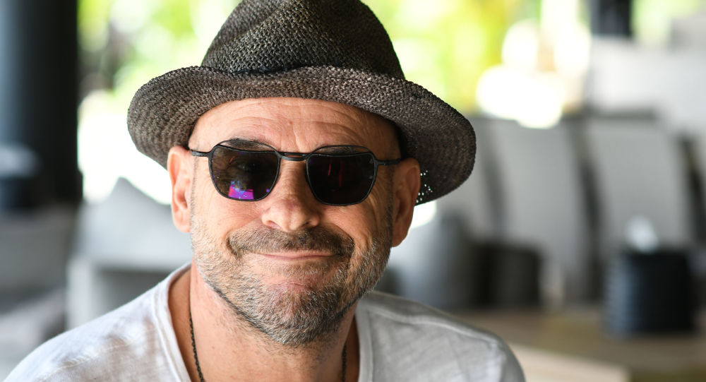 Guy Laliberté arrêté en Polynésie française