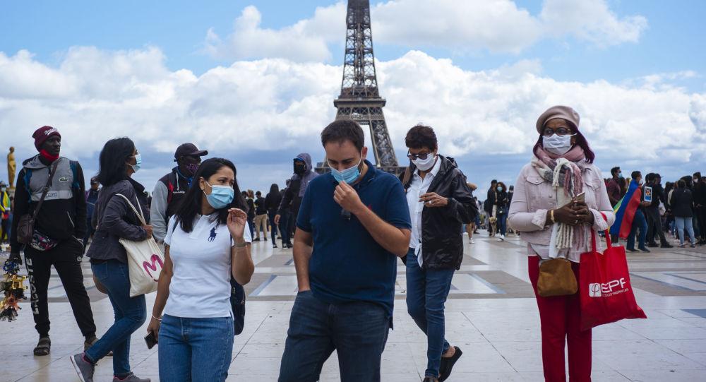 Les mesures de restriction des activités reviennent en force malgré la campagne de vaccination