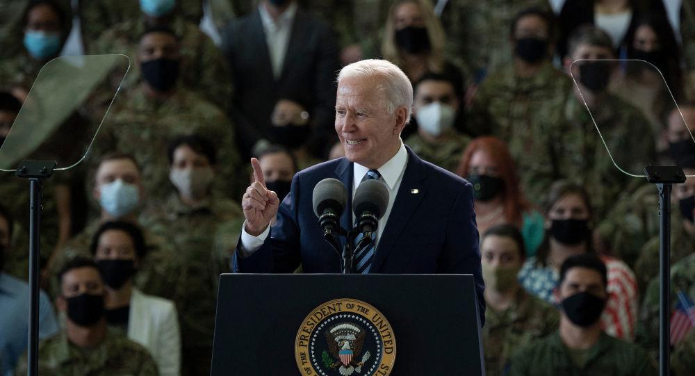 La Chine et la Russie, «axe du Mal» désigné par Biden: «L'Otan est une organisation en recherche d'une cause»