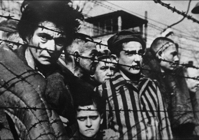 Le camp de concentration nazi Auschwitz-Birkenau