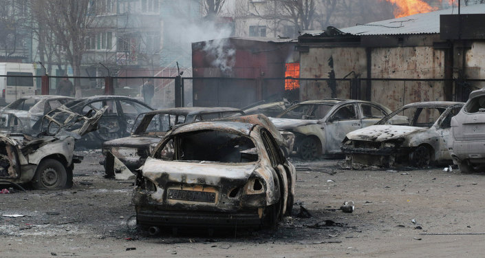 La ville ukrainienne de Marioupol attaquée aux lance-roquettes