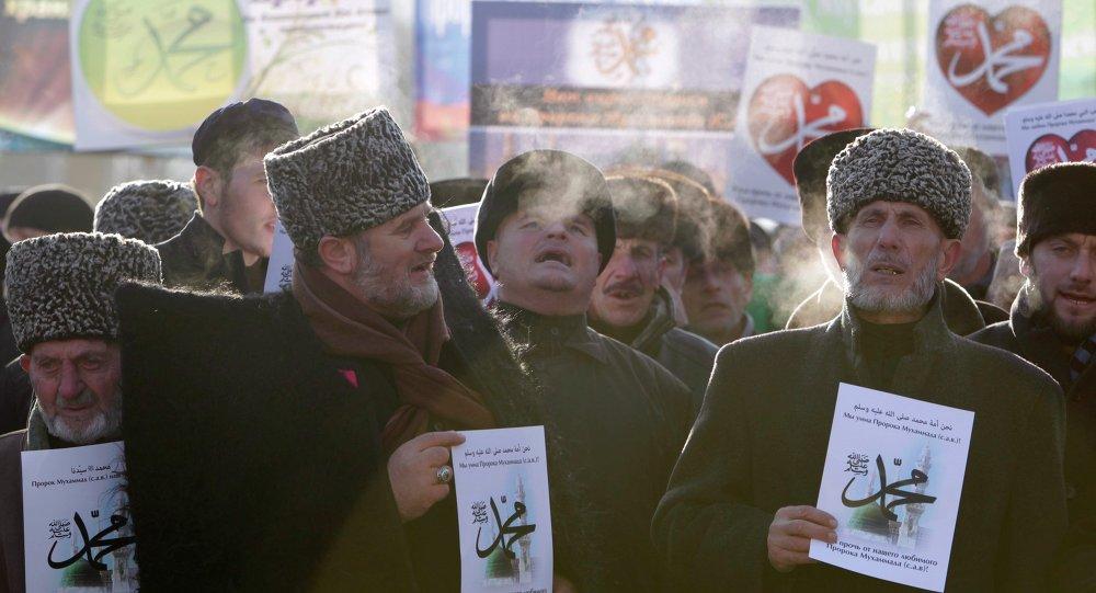 Charlie Hebdo: un million de musulmans manifestent en Tchétchénie