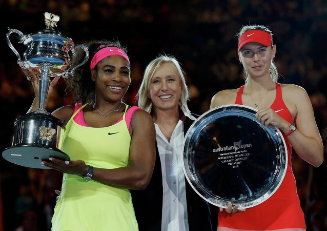 Open d'Australie: Serena Williams bat Sharapova en finale
