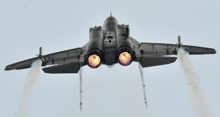 LE MIG-35 RUSSE, UN AVION BON MARCHE QUI RESOUT BON