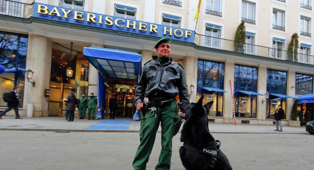 La 51e Conférence de Munich sur la sécurité s'est ouverte vendredi à l'hôtel de luxe Bayerischer Hof
