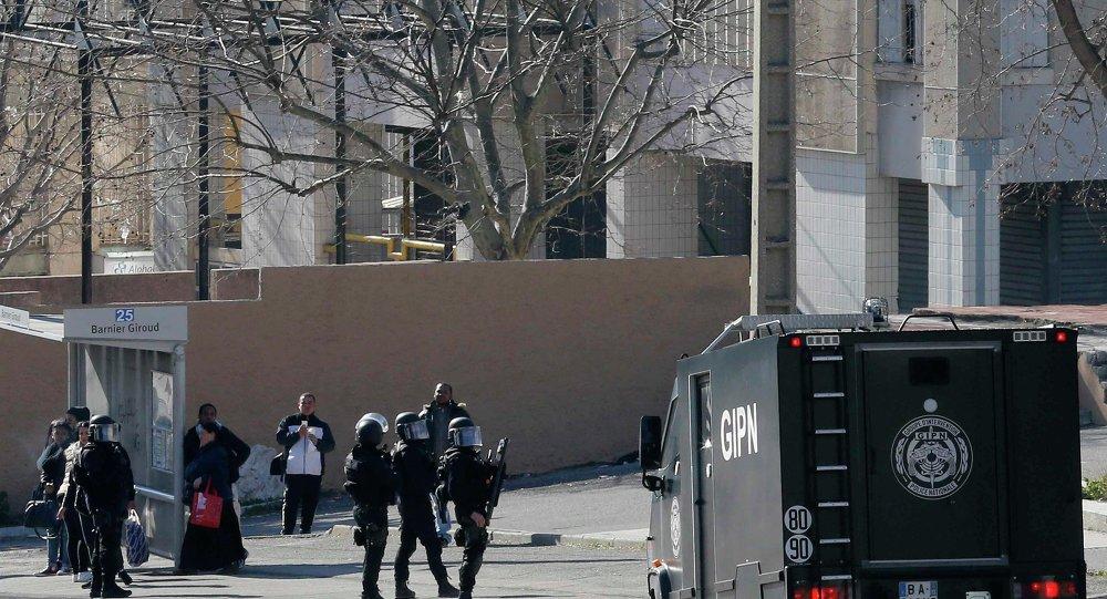 La cité de la Castellane, jeudi, à Marseille, peu après les tirs à la kalachnikov.