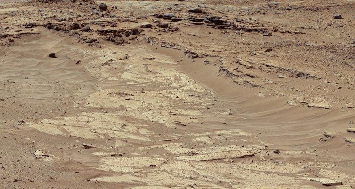 Image de la surface de Mars réalisée par le robot Curiosity