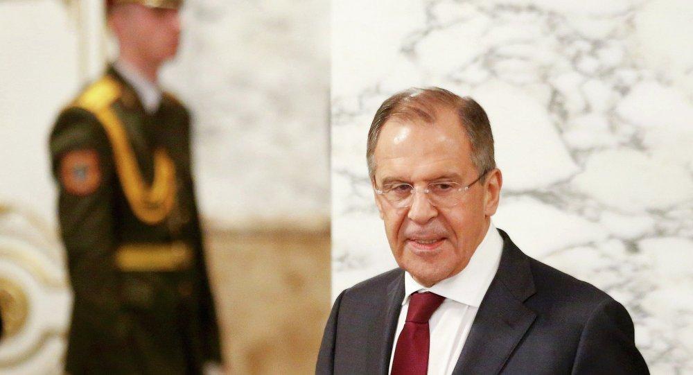 Sergueï Lavrov (R), February 12, 2015