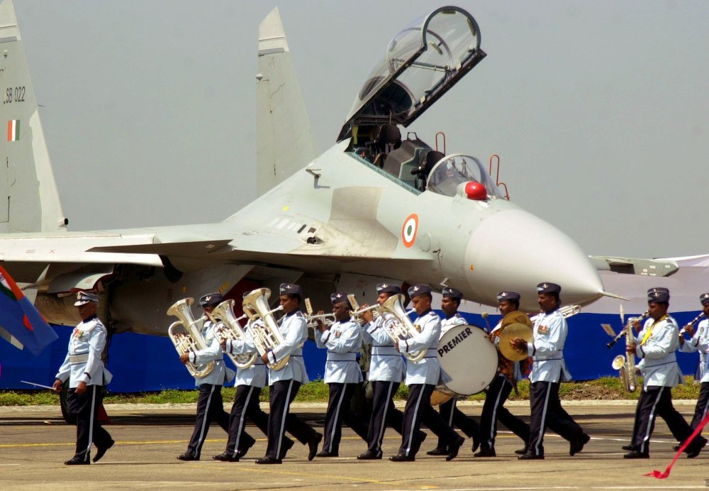 Cérémonie de remise de chasseurs russes à l'armée indienne dans la base aérienne de Pune (Etat du Maharastra).