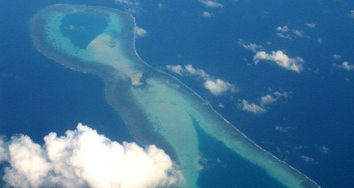 Îles des Spratleys, archipel de petites îles coralliennes inhabitées situés en Mer de Chine méridionale