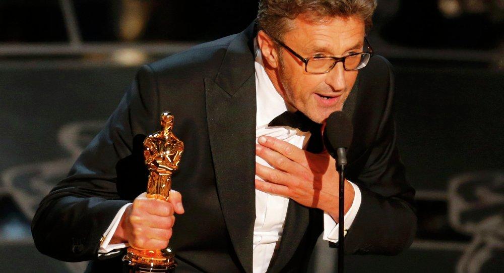 La statuette dorée dans la catégorie du meilleur film en langue étrangère est allée au film polonais Ida de Pawel Pawlikowski tourné en noir et blanc