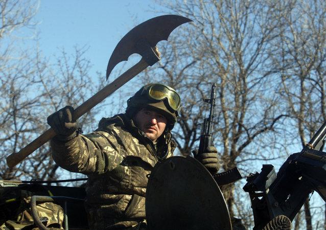 Militaire ukrainien près d'Artemovsk