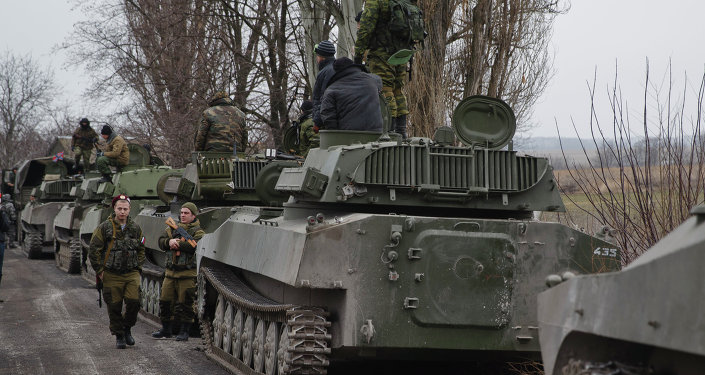 L'artillerie des insurgés près de Yelenovka  le 26 février 2015