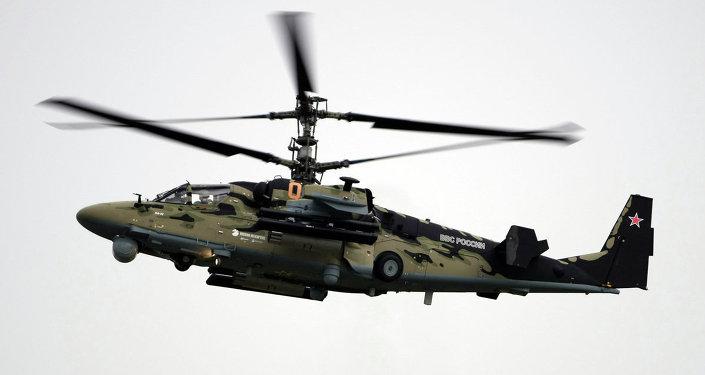 Le porte avions amiral kouznetsov adoptera l 39 h licopt re for Porte helicoptere