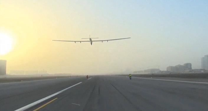 Solar Impulse 2: première étape du tour du monde