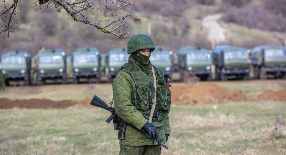 MIlitaire russe à Simféropol (2014)