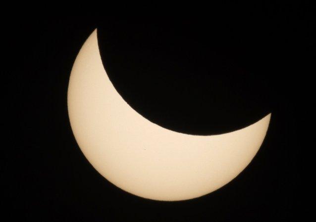Eclipse solaire à Moscou